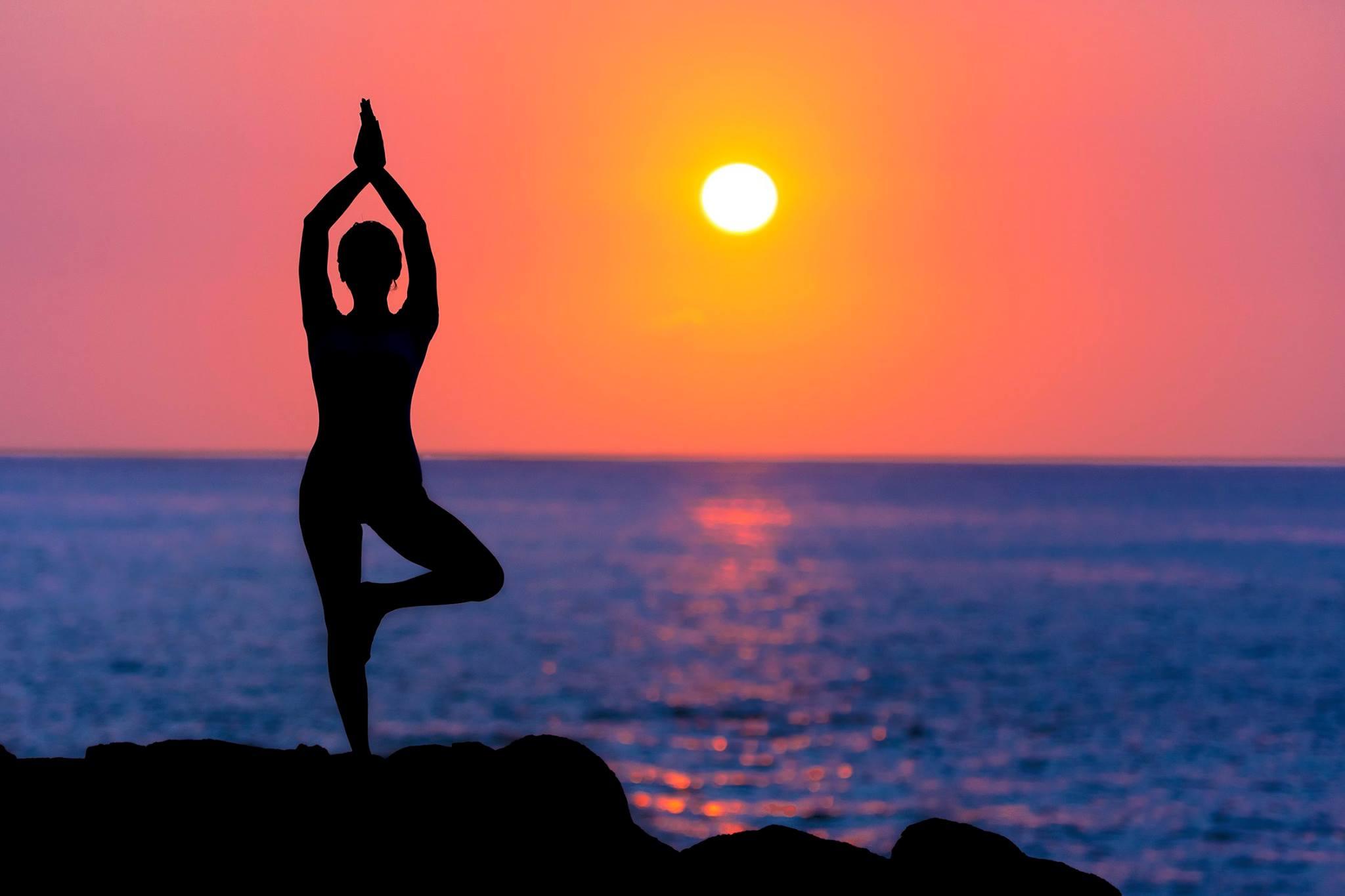 Men Yoga Clothes - Choosing The Right Yoga Clothes For Men