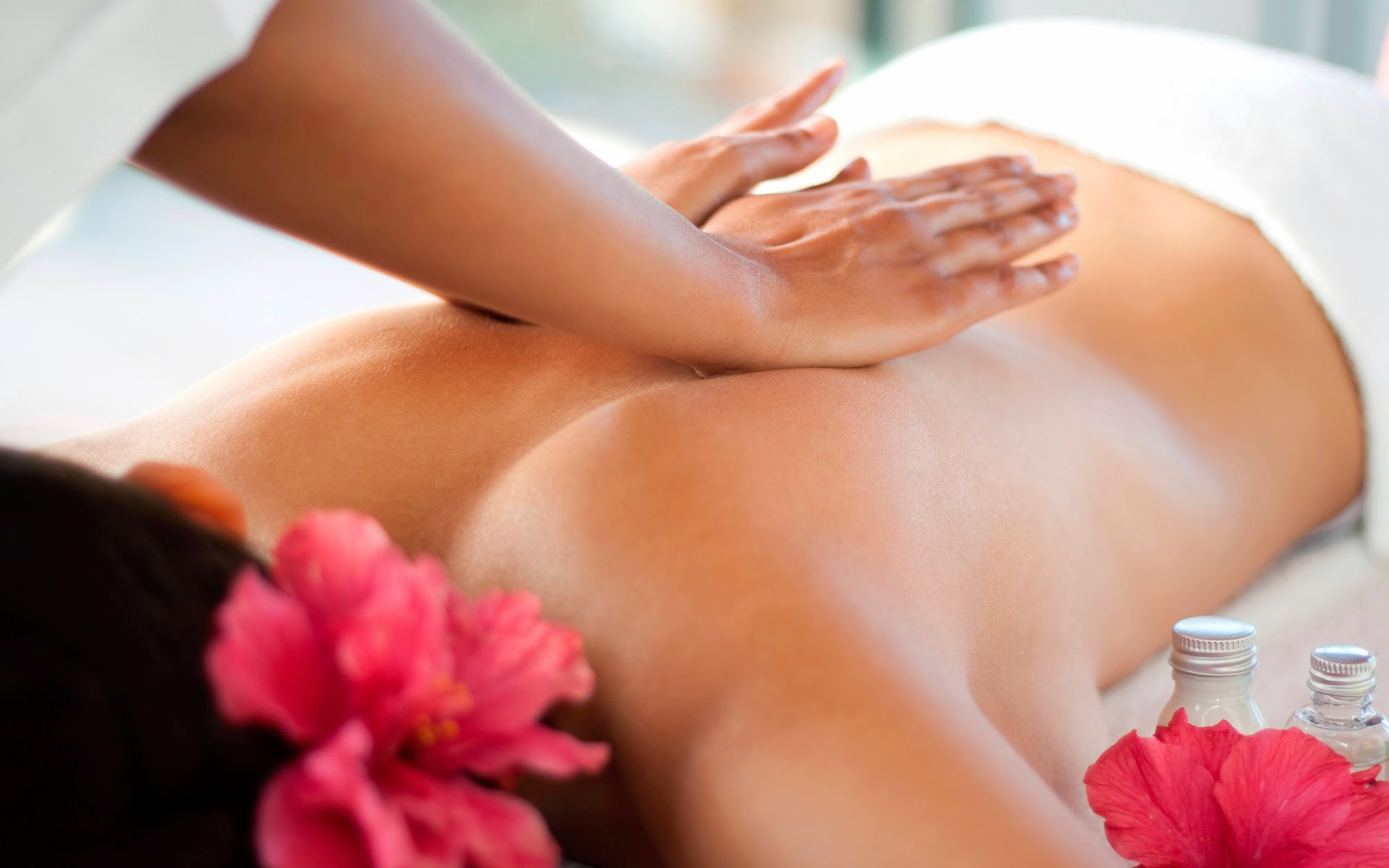 Rejuvenate Your Soul With Lomi Lomi Hawaii Massage